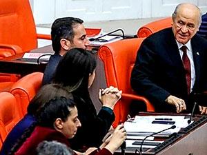 Bahçeli, HDP grubuyla sohbet etti