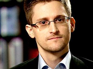 Rusya Snowden'ın oturma iznini 3 yıl uzattı