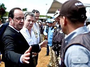 Hollande FARC gerillalarını ziyaret etti
