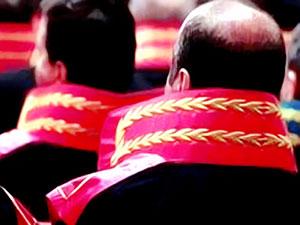 3 bin 722 hakim ve savcının görev yeri değiştirildi