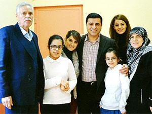 Demirtaş'ın cezaevinden ilk fotoğrafı yayımlandı