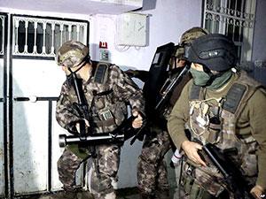 En büyük IŞİD operasyonu: 457 gözaltı