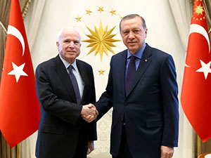 McCain: Güvenli bölge önerisi dikkate alınmalı