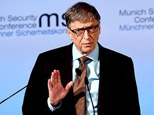 Bill Gates zirveyi yine kaptırmadı