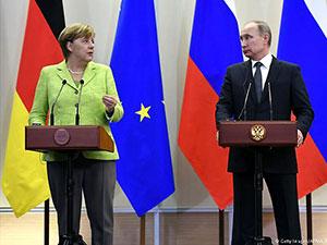 Merkel'in Rusya ziyaretinde sert rüzgarlar esti