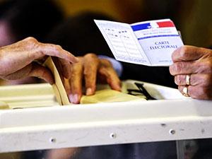 Fransa yeni cumhurbaşkanını seçiyor