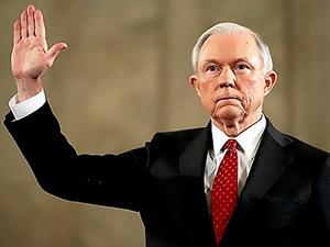 ABD Adalet Bakanı Sessions ifade verdi