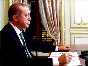Erdoğan, Macron ve El Sani'den üçlü görüşme
