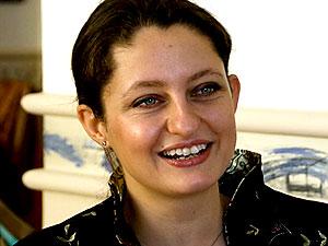 Şafak Pavey milletvekilliğinden istifa etti