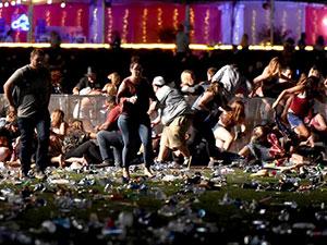 Las Vegas'ta konsere saldırı: 50'den fazla ölü