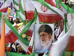 İran'da yine gösteriler başladı