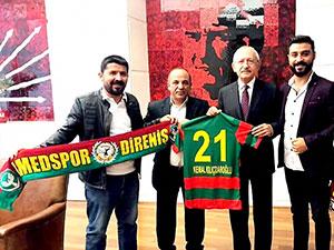 Amedspor taraftar grubu Kılıçdaroğlu ve HDP'yi ziyaret etti