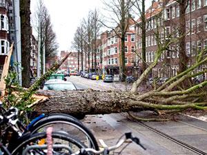 Avrupa'da fırtına alarmı