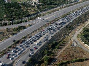 Trafiğe kayıtlı araç sayısı 10 yılda 9,2 milyon arttı
