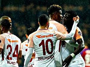 Galatasaray, Karabük'te farklı kazandı