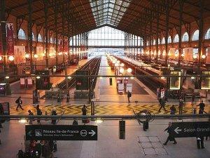 Fransa'da grev dalgası başlıyor