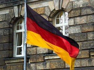 Almanya'ya ilticada Türkler Kürtleri geçti