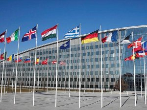 NATO Suriye'yi görüşmek için olağanüstü toplanacak