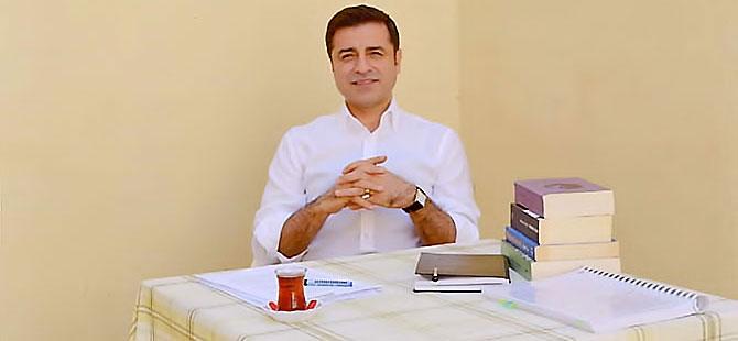 Selahattin Demirtaş'tan 11 kitap önerisi