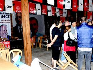 Abdüllatif Şener: 100 kadar vandal merkezimizi bastı