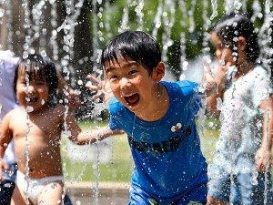 Japonya'da sıcaklık 'doğal afet' ilan edildi: 77 ölü