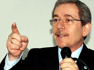 Abdüllatif Şener: 'Davutoğlu parti kurmaktan vazgeçecek...'