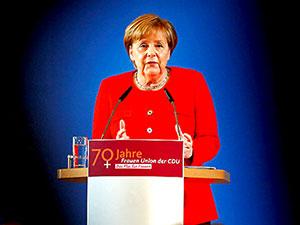 Merkel: 'Türkiye'ye ekonomik yardım olmayacak'