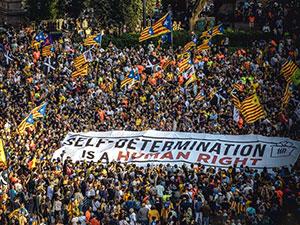 Katalonya'da bağımsızlık yanlılarından büyük gösteri