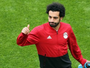 Muhammed Salah kornerden gol attı