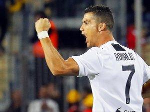 Ronaldo'dan futbolda ırkçılığa tepki