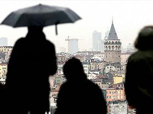 İstanbul'da sağanak yağış: Bir kişi hayatını kaybetti