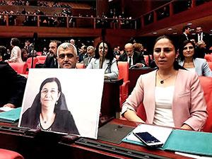 HDP'li 10 vekil 2 gün açlık grevi yapacak