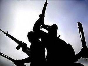 IŞİD Suriye'nin doğusundaki son operasyonlara direniyor