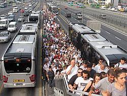Metrobüs zammına tepki!