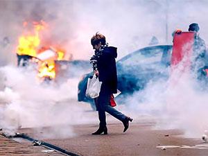 Fransa'da gündem: Bildirimsiz gösterileri yasaklama