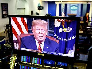 Trump ulusa seslendi: Duvarı savundu demokratları suçladı