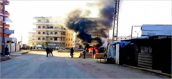 Afrin'de Ahrar el Şarkiye grubuna bombalı saldırı