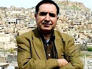 Yazar Bülent Tekin'e 'sosyal medya' cezası