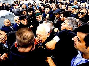 CHP lideri Kemal Kılıçdaroğlu'na saldırı