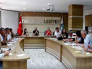 Belediyeden Dersim ve Kürtçe kararı