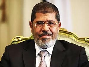 Muhammed Mursi saatle 05.00'te defnedildi