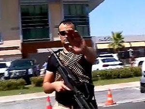 Hewler'de Türkiye'nin konsolosluk çalışanlarına saldırı