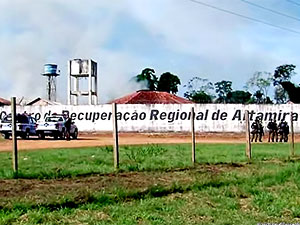 Brezilya hapishanesinde çete savaşı: En az 57 kişi öldü