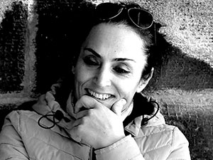 PEN üyesi Kürt yazar Gulgeş Deryaspi tutuklandı