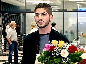 İsveç Kraliyet ödülü 18 yaşındaki Kürt öğrenciye verildi