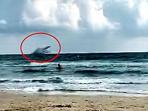 İspanya'da savaş uçağı denize düştü