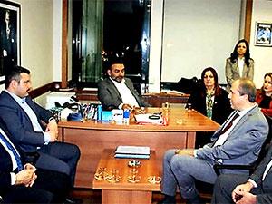 Avcılar Belediye Başkanı Hançerli'den 10 bin çürük bina için oturma eylemi