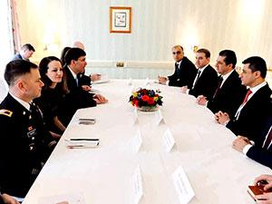 Mesrur Barzani, Mark Esper ile Münih'te görüştü