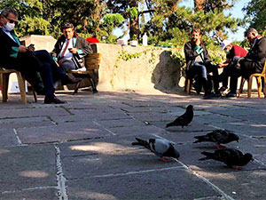 Baro başkanlarının Meclis önündeki nöbeti 4. gününde
