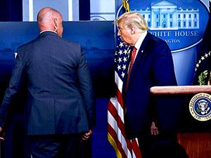 Beyaz Saray'da saldırı alarmı: Trump apar topar toplantıdan çıkarıldı